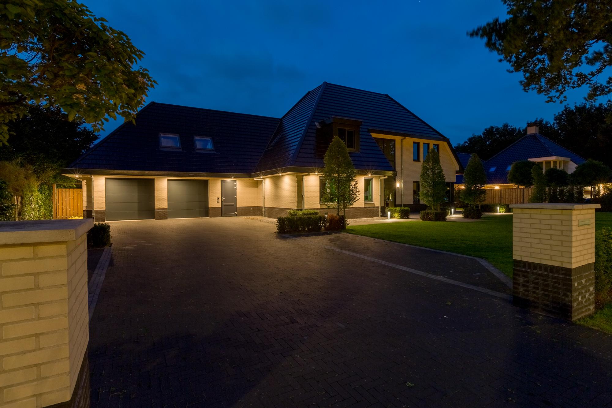 Muller Licht buitenverlichting, woonhuis, tuin, oprit, woonhuis, verlicht voor veiligheid en sfeer
