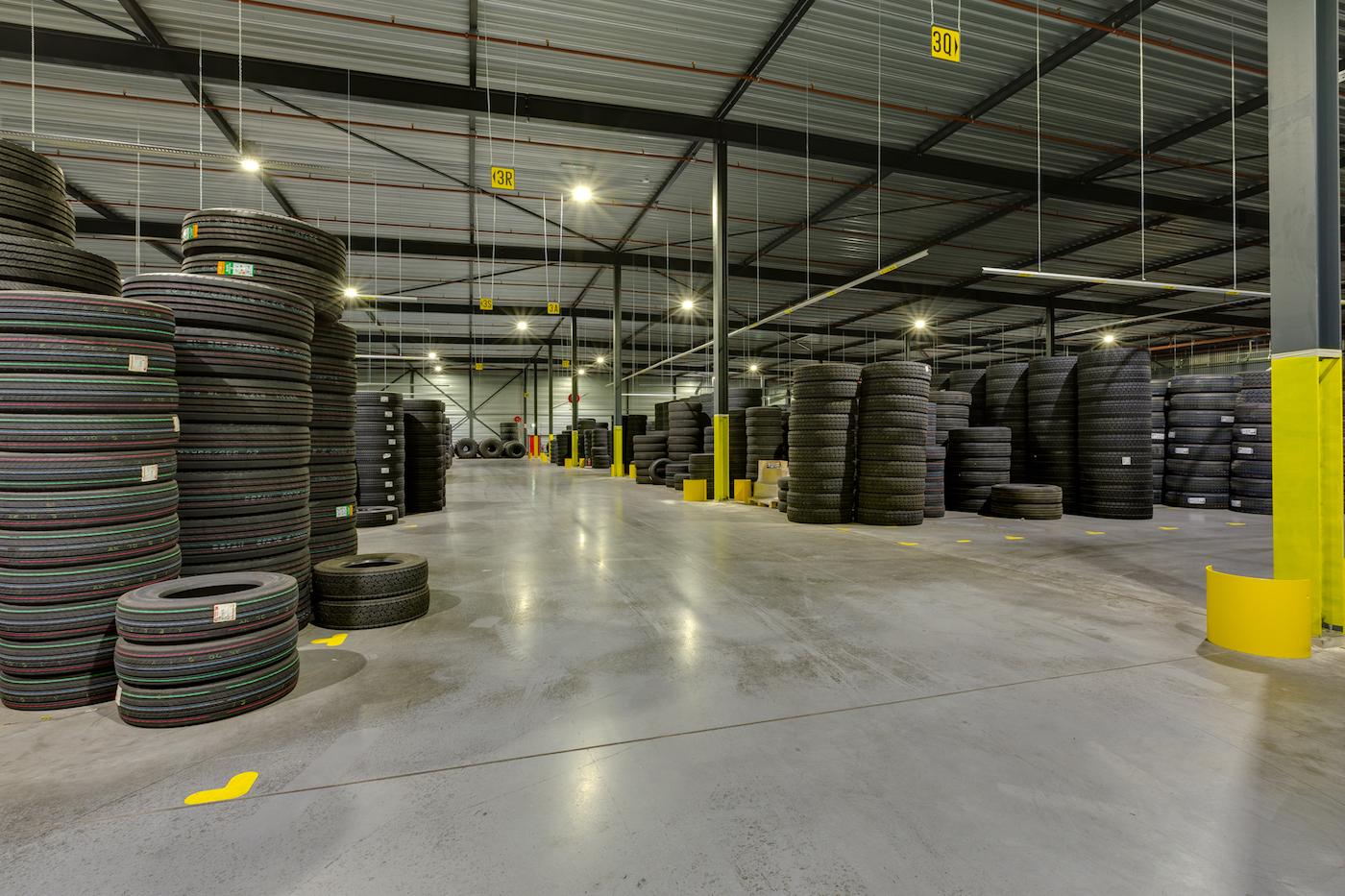 Muller Licht verlichting fabriekshal Heuver banden Hardenberg