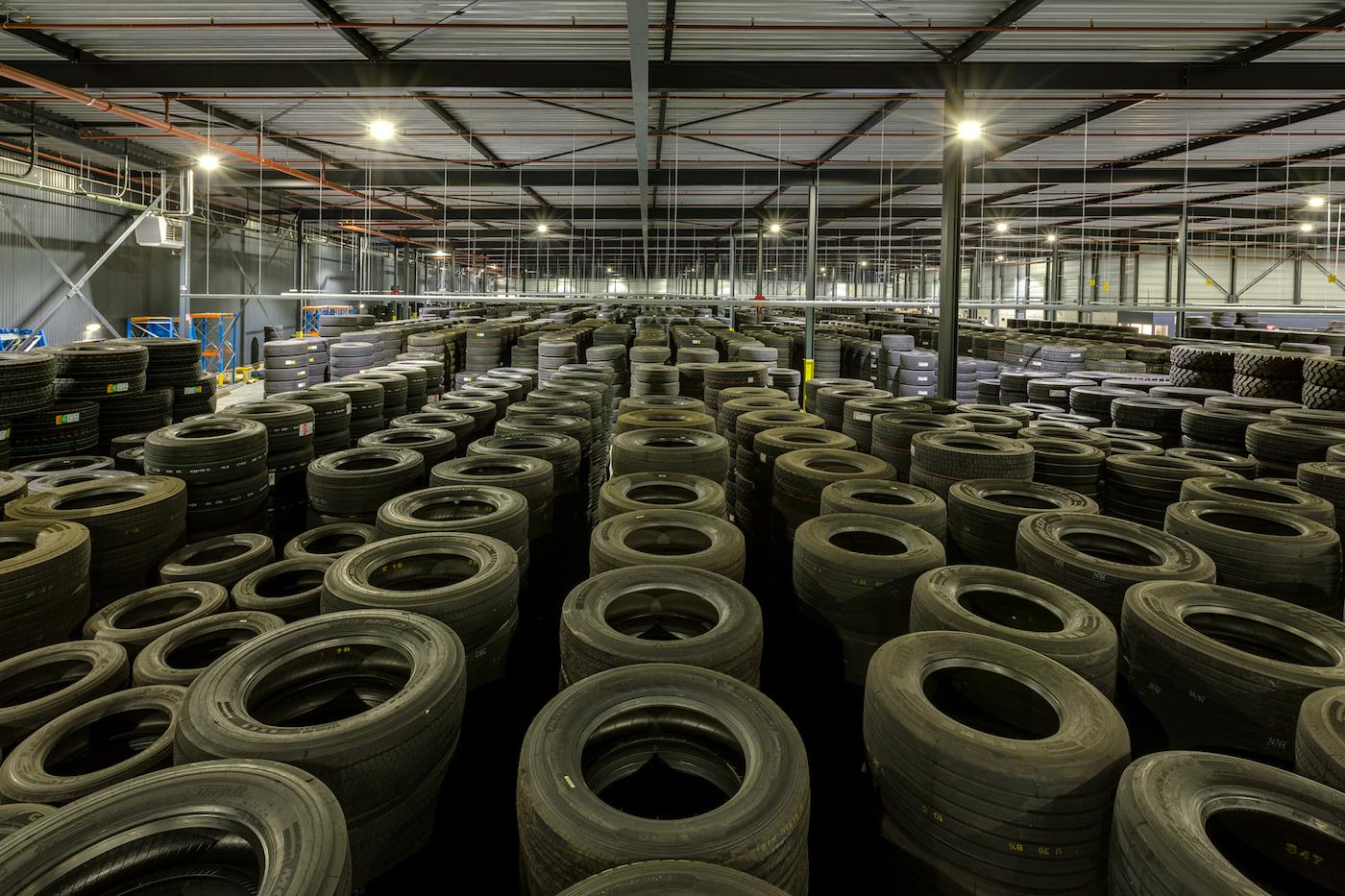 Muller Licht verlichting fabriekshal Heuver overzicht